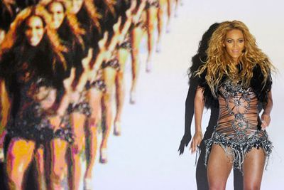 Bey stunned the audience at the 2011 Billboard Music Awards with a career-making performance that included an interactive video screen, 100 dancers, pyrotechnics and shout-outs from Michelle Obama and Hilary Clinton. Nicely done.