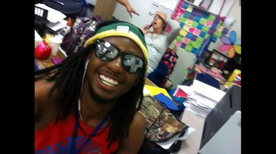 When your pregnant teacher collapses in class, do you: a) help her, or b) take a smiling selfie? US student Malik Whiter chose the latter in October 2013. (Twitter/@SpideyNikka)