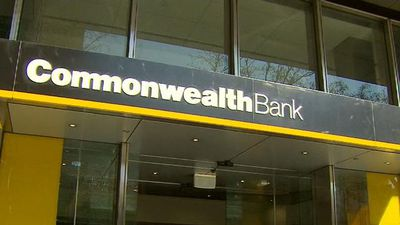Commonwealth Bank axes ATM fees for other bank customers