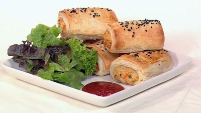 "<a href=""http://kitchen.nine.com.au/2016/05/19/14/02/family-chicken-sausage-rolls"" target=""_top"">Family chicken sausage rolls</a>"
