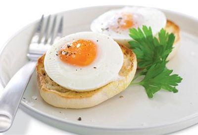 """Recipe:<a href=""""/recipes/iegg/8361106/poached-egg"""">Poached egg recipe</a>"""