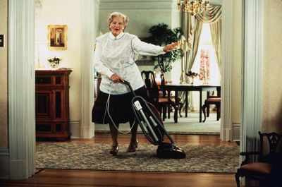<strong>Mrs Doubtfire</strong>