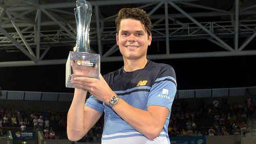 Milos Raonic upsets Roger Federer at Brisbane International