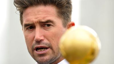 Kewell backs Arnold for Socceroos as Mancini looms