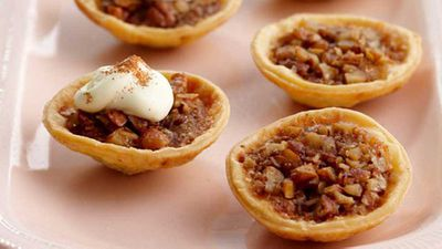 "Recipe:<a href=""http://kitchen.nine.com.au/2016/05/17/12/16/tasty-tarts-pecan-tarts"" target=""_top"">Tasty tarts: Pecan tarts</a>"