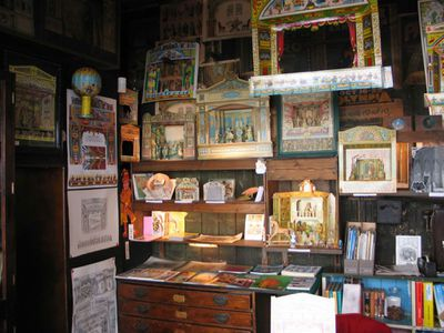 <strong>Pollock's Toy Museum</strong>