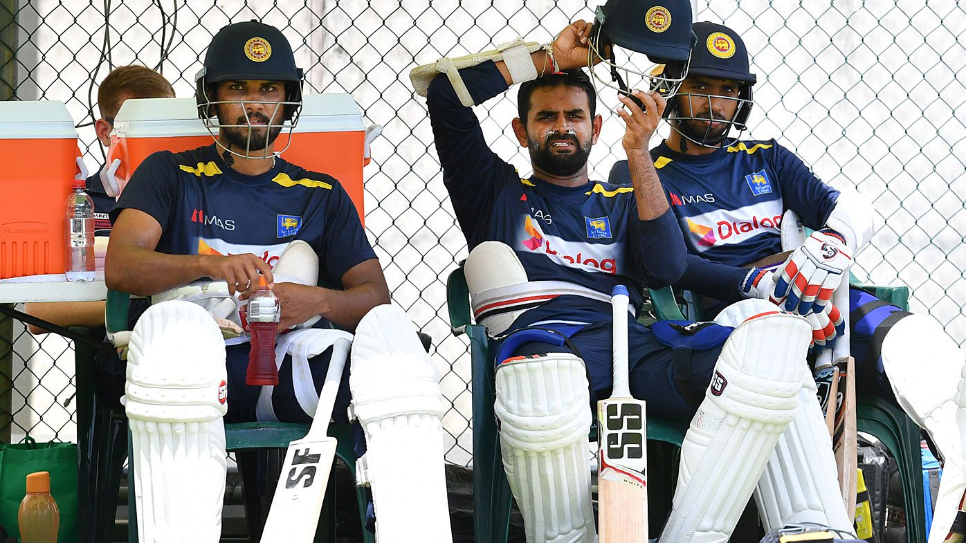 Dinesh Chandimal (left), Lahiru Thirimanne (centre) and Roshen Silva (right) of Sri Lanka