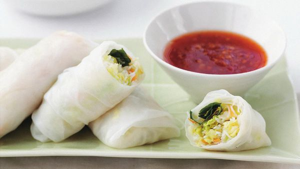 Noodle and vegetable rolls