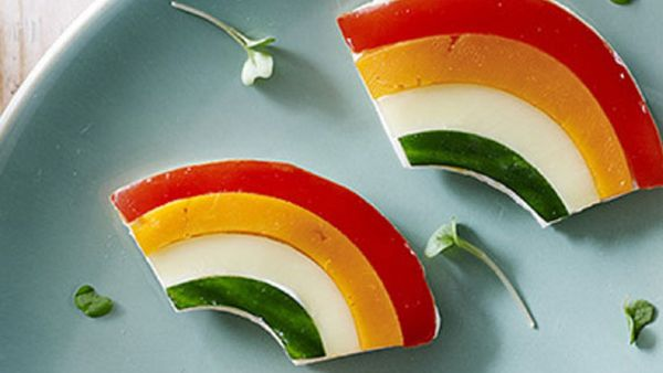 Red capsicum rainbow sandwich