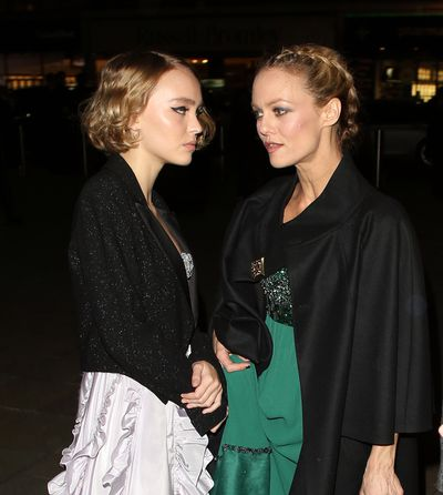 Mirror, mirror: Vanessa Paradis and daughter Lily-Rose Depp do smoky eyes and nude lips.