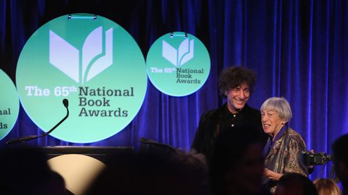 Neil Gaiman presents Ursula K. Le Guin with the Medal for Distinguished Contribution to American Letters in 2014. Photo: Getty Images