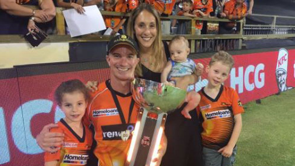 Perth Scorchers batsman Michael Klinger reveals wife's cancer fight in emotional letter on club's website