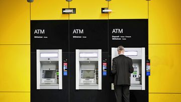 CommBank issues leaves customers unable to use cards