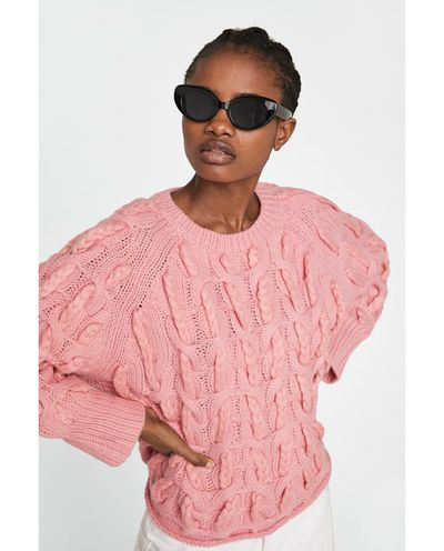 "<a href=""https://www.zara.com/au/en/cable-knit-sweater-p09598001.html?v1=5657096&amp;v2=1009739"" target=""_blank"">Zara Cable-Knit Sweater</a>, $99 <br> <br>"