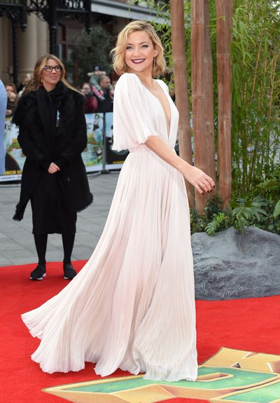 Kate Hudson arrives for the European premiere of 'Kung Fu Panda 3' at Odeon Leicester Square on March 6, 2016 in London, England.