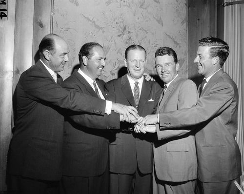 Golfing icons Sammy Snead, Claude Harmon, Wood, Jack Burke, and Peter Thomson in New York in 1956. Picture: AAP