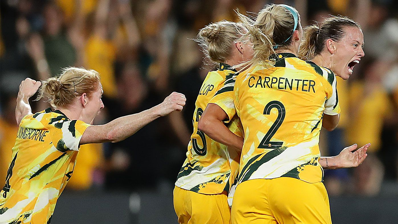 Stunning last-minute Emily van Egmond strike saves Matildas against plucky China