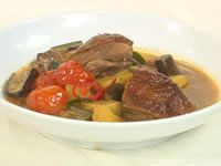 Roast duck in red curry