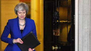 Brexit, Plan B: UK faces chaotic departure with no deal
