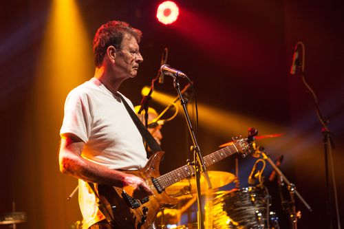 Red Symons performing with Skyhooks in 2015. (AAP)