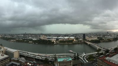 The storm approaches Brisbane. (Bruce Tyler)