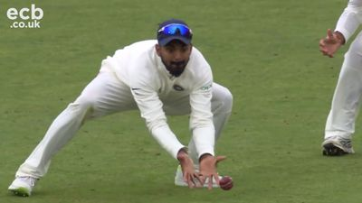 India seize control after England collapse in third Test at Trent Bridge