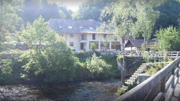 Three guests at the Gasthof Pension Zur Triftsperre in Passau, Germany, were found dead with crossbow injuries. Local police are now investigating.