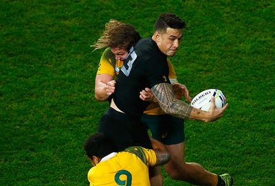 A trademark offload helped Ma'a Nonu cross the lne.