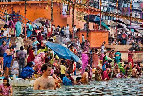 Don't forget to take a dip in the Ganges. (Picture: Twitter)