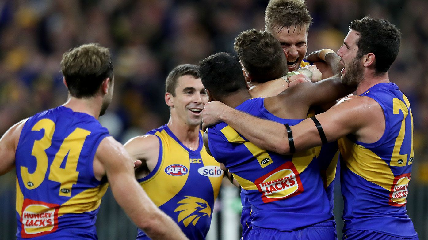 West Coast Eagles use final quarter rampage to down Collingwood in second qualifying final