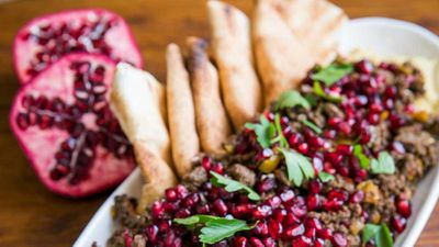 "Recipe: <a href=""http://kitchen.nine.com.au/2018/02/27/10/32/spiced-beef-with-hummus"" target=""_top"">Spiced beef with hummus</a>"