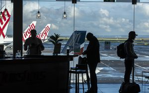 Virgin offers 500,000 cut-price fares to Queensland in bid to stir up business