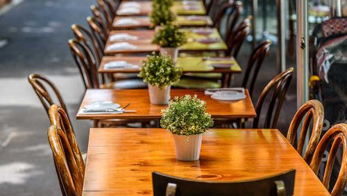 Restaurants are struggling with COVID-19 panic