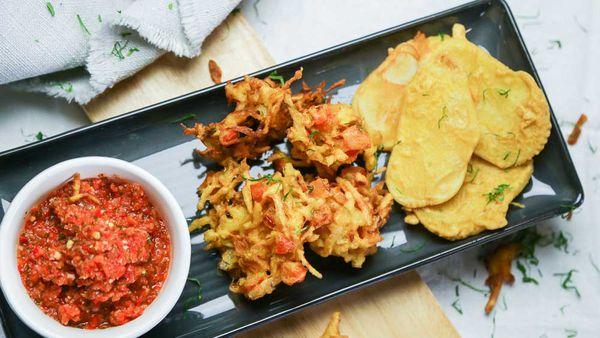 The Samadi's Vegetable Pakora