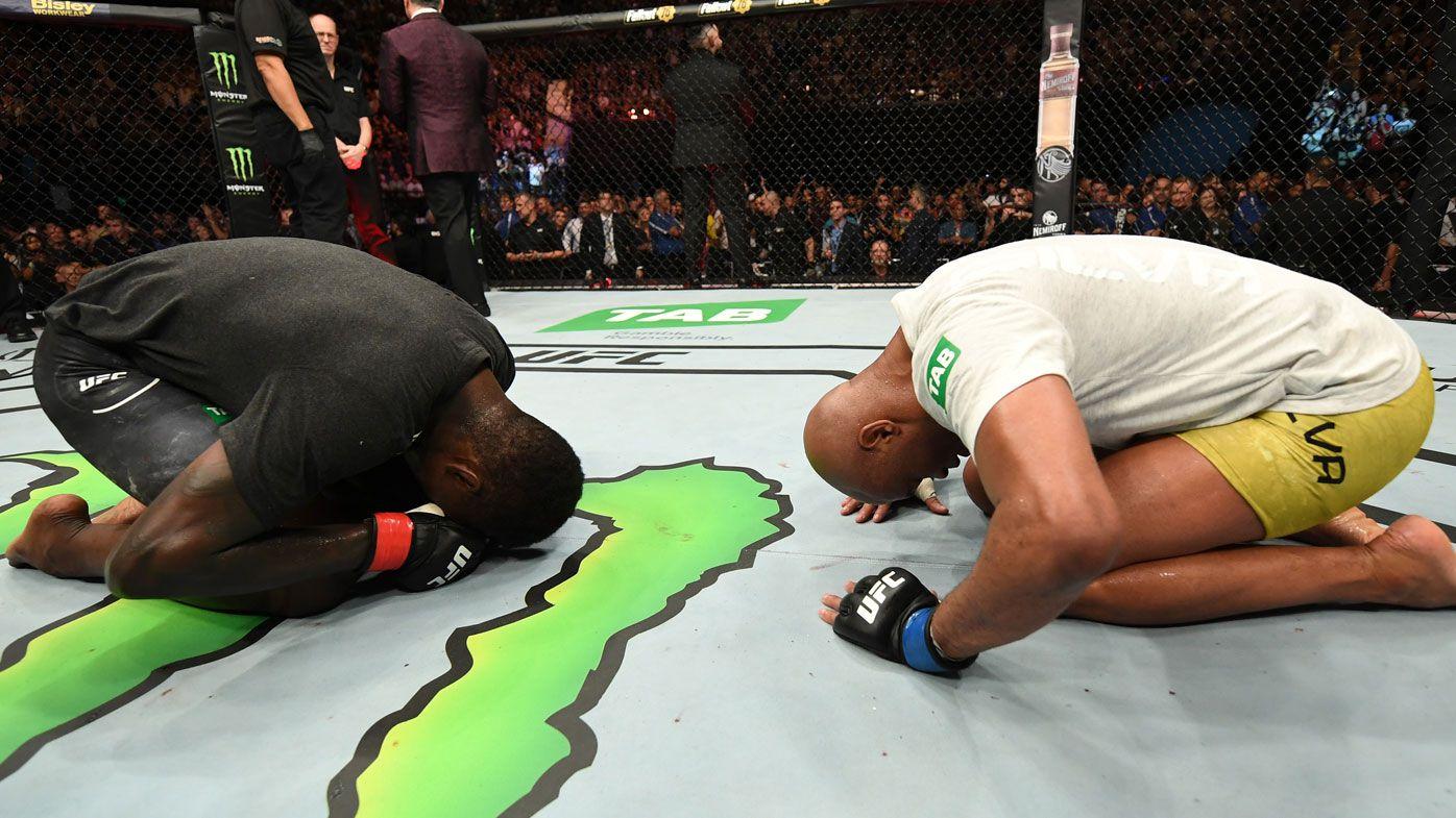 Adesanya defeats Silva