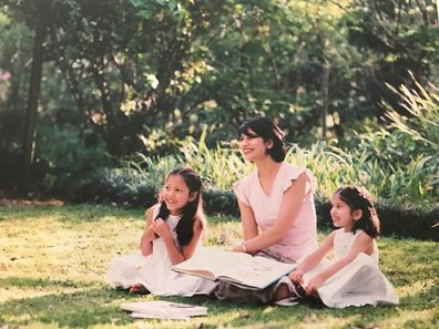 Ameeta MS with daughters