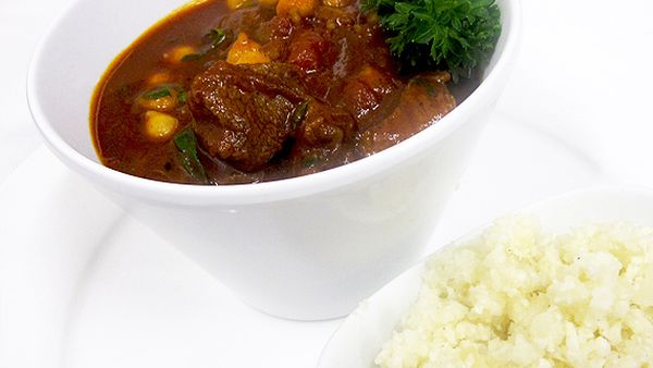New Atkins spicy beef curry with cauliflower rice