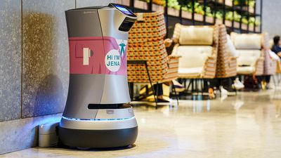 Room service performed by robots at Singapore's Hotel Jen