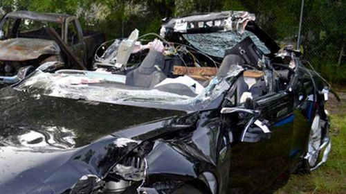 Tesla at a loss to explain crash that killed driver during autopilot test