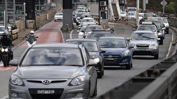 Australia's population hits 24.6 million as people cram into cities