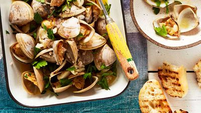 "Recipe: <a href=""http://kitchen.nine.com.au/2017/11/02/12/58/matt-wilkinson-clams-with-garlic-lemon-and-parsley"" target=""_top"" draggable=""false"">Matt Wilkinson's one-pot clams with garlic, lemon and parsley</a>"