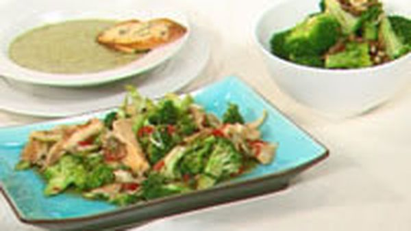 Stir-fried broccoli with oyster mushrooms