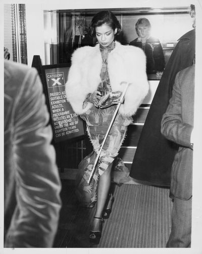 Bianca Jagger arrives at Odeon Leicester Square for a film premiere in 1973.