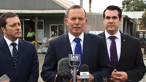 Prime Minister Tony Abbott said he remains in discussion with the Victorian government over major road projects. (9NEWS)