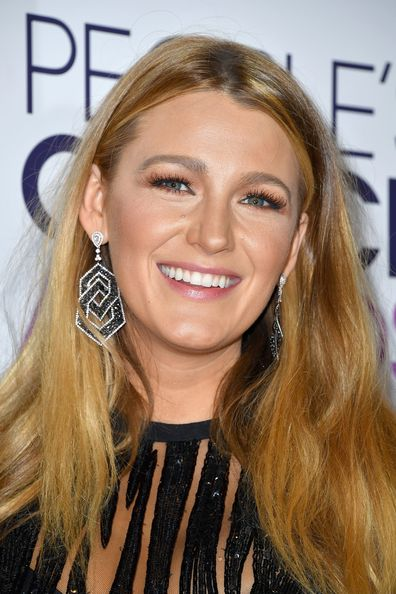 Blake Lively, People's Choice Awards, red carpet, event