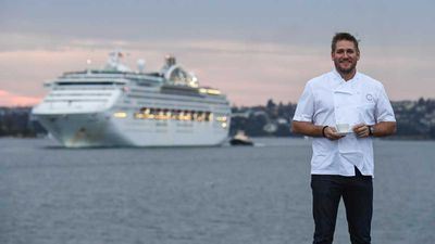 <strong>Curtis Stone welcoming the Sun Princess into Sydney</strong>