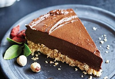 Gluten-free raw chocolate-orange torte