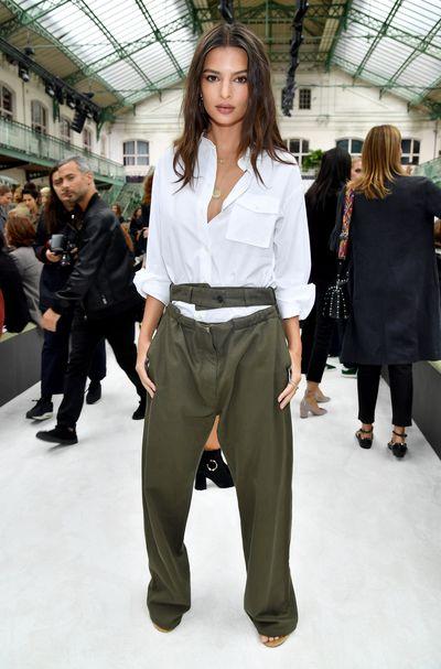 Emily Ratajkowski attends the Valentino show as part of the Paris Fashion Week Womenswear Spring/Summer 2018.