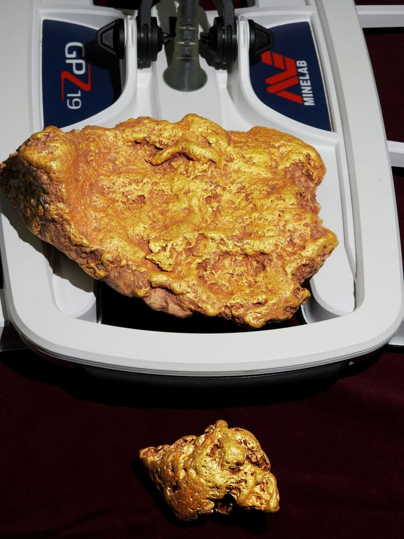 Prospector unearths 2kg nugget at old gold rush town Http%3A%2F%2Fprod.static9.net.au%2F_%2Fmedia%2F2018%2F09%2F21%2F14%2F18%2F180921_gold_nugget_1
