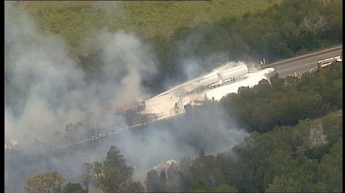 The motorway is closed in both directions. (9NEWS)
